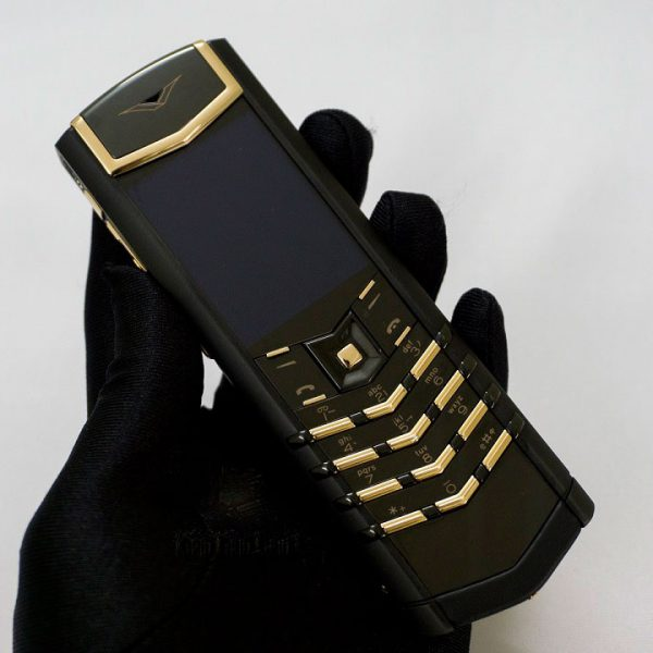 vertu-signature-s-pure-black-red-gold-mixed-metals-moi-100-1