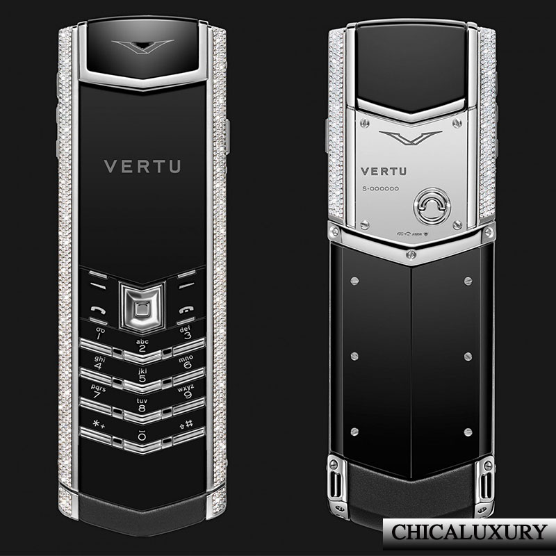 vertu-signature-s-white-gold-full-pave-baguette-diamonds-bag-key-moi-100